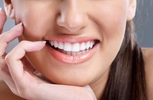 Bọc răng sứ Veneer có hiệu quả không ?